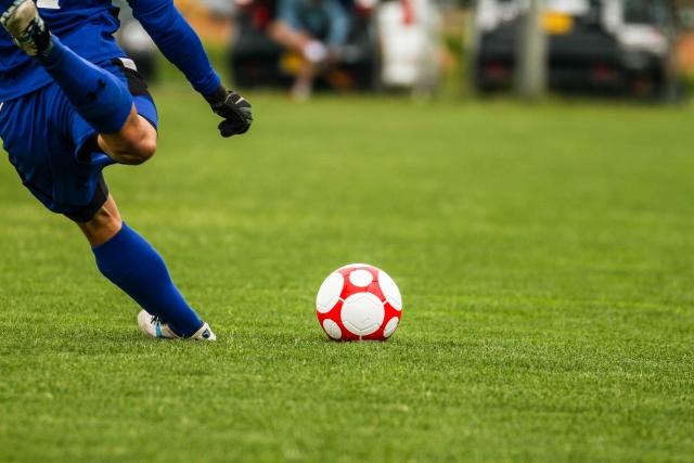 サッカーによる腰痛