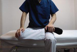 股関節外旋筋群のストレッチ